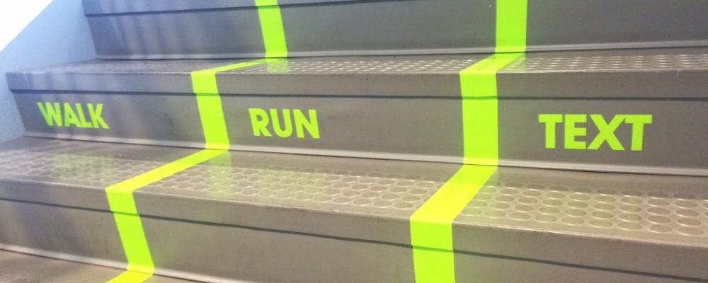 Gehen – Rennen – SMS schreiben