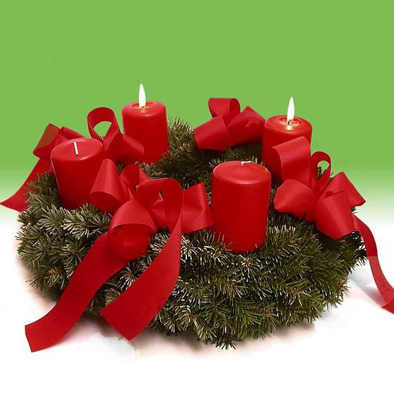 Copyright: Clemens PFEIFFER, Wien: http://commons.wikimedia.org/wiki/File:Advent_wreath.jpg
